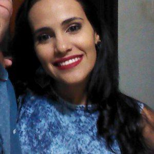 Mariana Vieira - Corretora de redação
